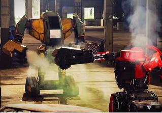 Видео первой во Вселенной битвы роботов-гигантов!