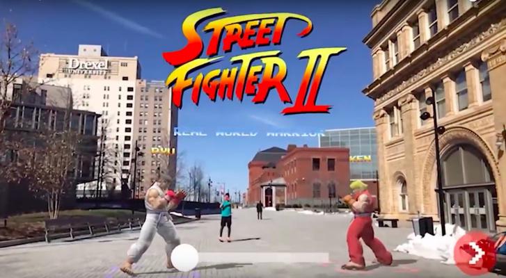 Фото №1 - Безопасные драки на улице: Street Fighter 2 выпустили в дополненной реальности (ВИДЕО)