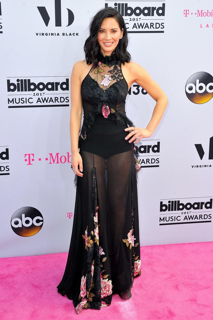 Фото №3 - Вагино-платья, «голые» платья и другие смелые наряды звезд на церемонии Billboard Awards