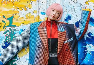 Модель из Японии завоёвывает соцсети и попадает на обложки журналов, но на самом деле не существует