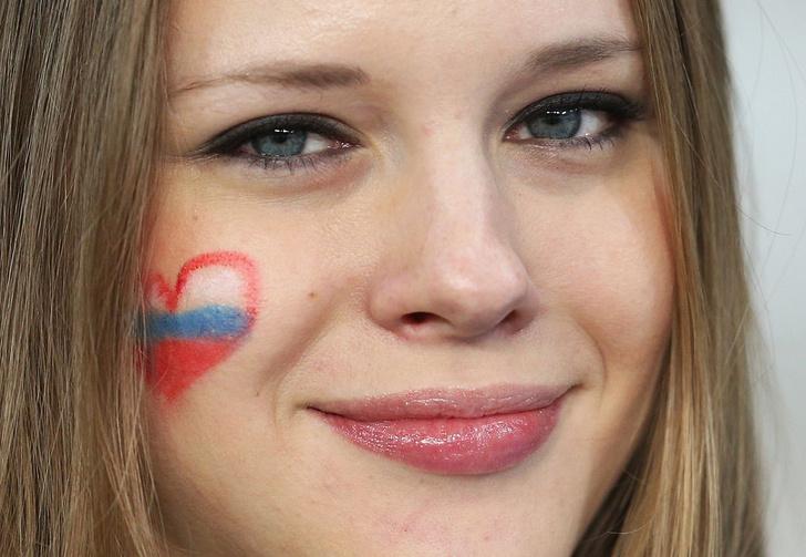 Фото №2 - Самые прекрасные русские болельщицы во Франции