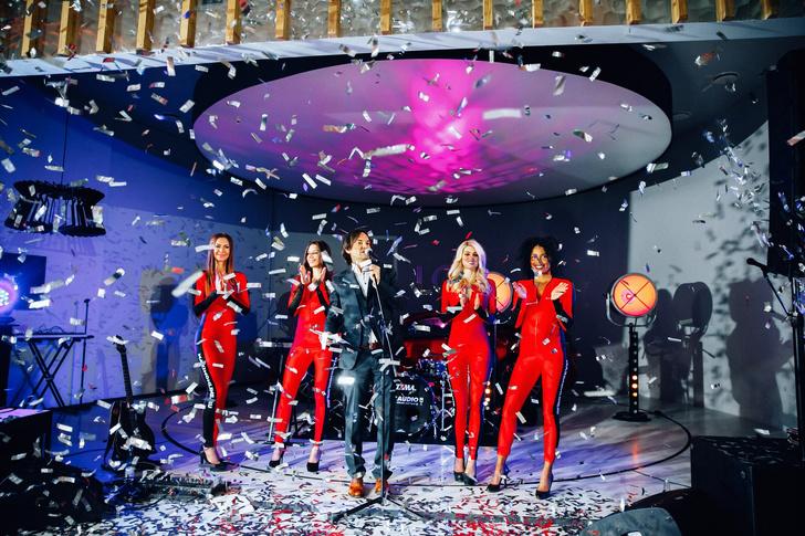 Фото №4 - Журнал MAXIM дал торжественный старт голосованию «100 самых сексуальных женщин страны» на вечеринке в Lexus Dome