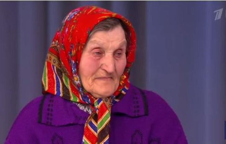 Фото №2 - Шнур дал брянской пенсионерке 500 тысяч рублей для покупки квартиры