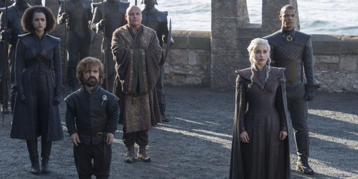 Фото №2 - За неделю до премьеры в Сеть просочились подробности первых трех серий «Игры престолов»