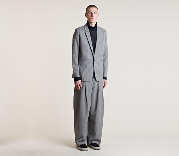 Широкие костюмные брюки