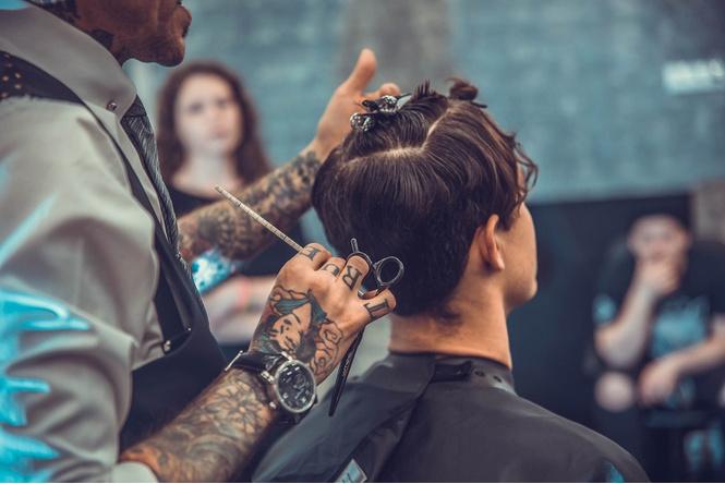 10 причин заглянуть в парикмахерскую «Аляска»