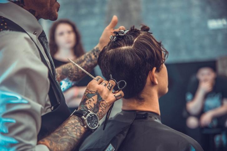 Фото №1 - 10 причин заглянуть в парикмахерскую «Аляска»