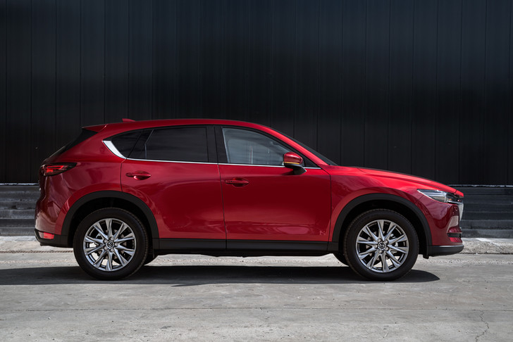 Фото №4 - Обновленная Mazda CX-5: четыре шажка к совершенству