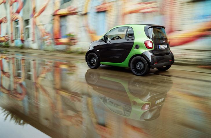 Фото №2 - Как Smart Electric Drive попал в вишлист автомобильного редактора MAXIM?