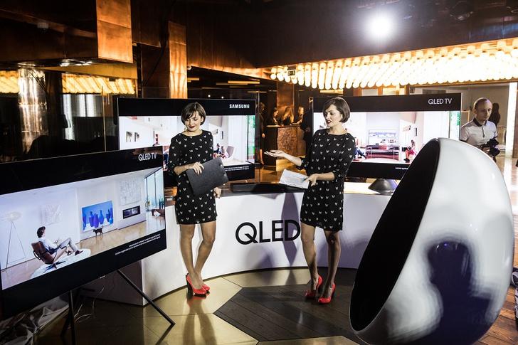 Фото №3 - Звезды рассказали звездам о новых телевизорах QLED ТВ Samsung