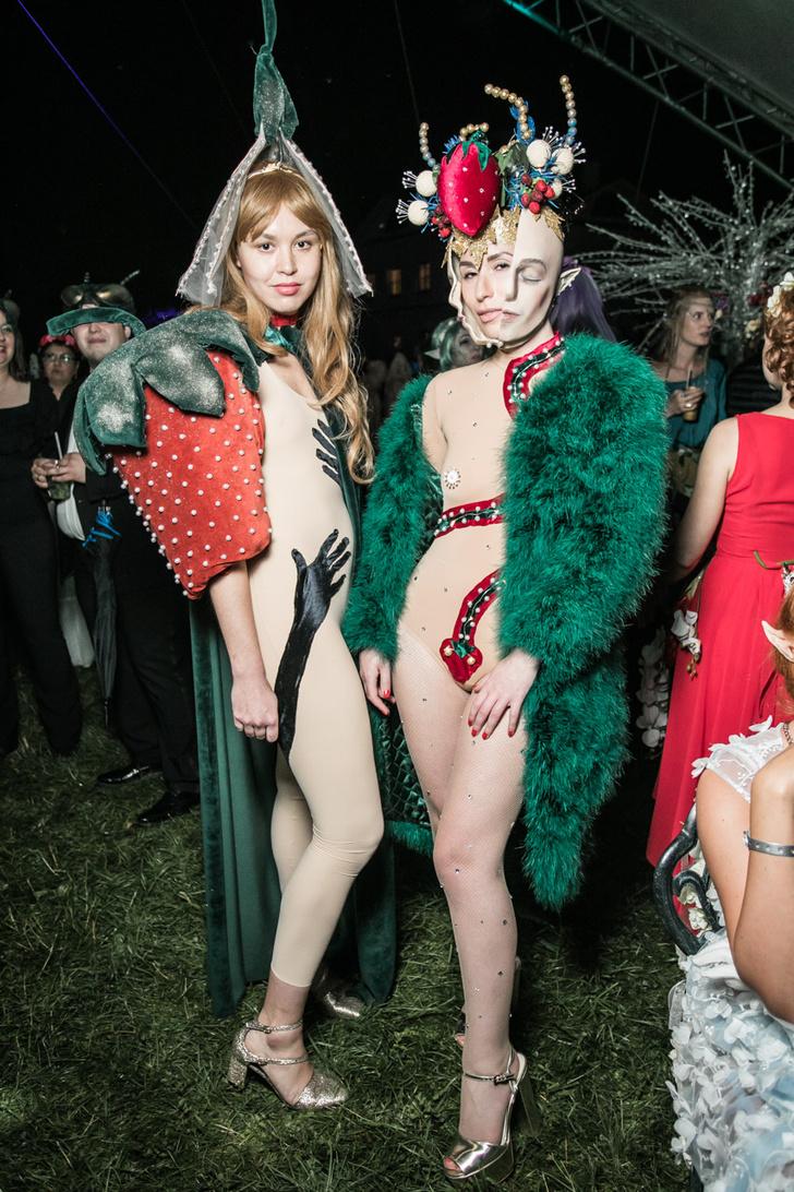 Фото №24 - Все красотки вечеринки Midsummer Night's Dream в одном фотоотчете