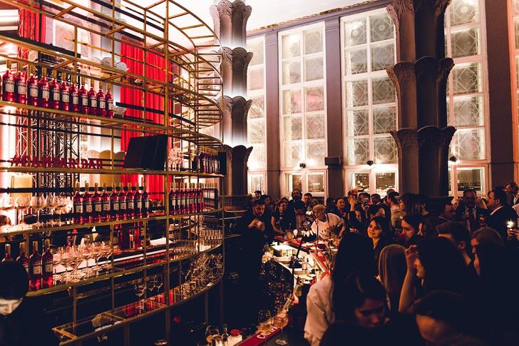 Фото №5 - На месте Time Out открылся Campari Bar