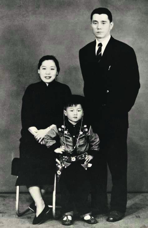 Фото №2 - Успехи бога: жизнь и судьба Джеки Чана, самого неубиваемого актера на Земле