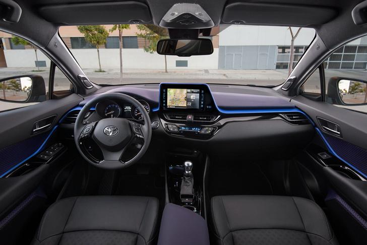 Фото №6 - Toyota C-HR: дизайн рулит