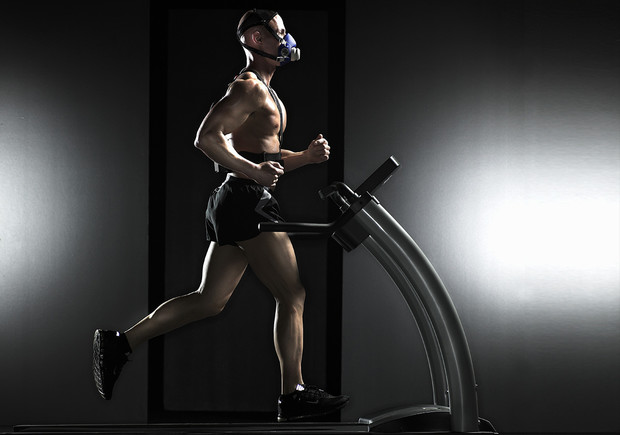 Фото №1 - 7 неприятных болезней, которыми чаще всего заражаются в спортзалах
