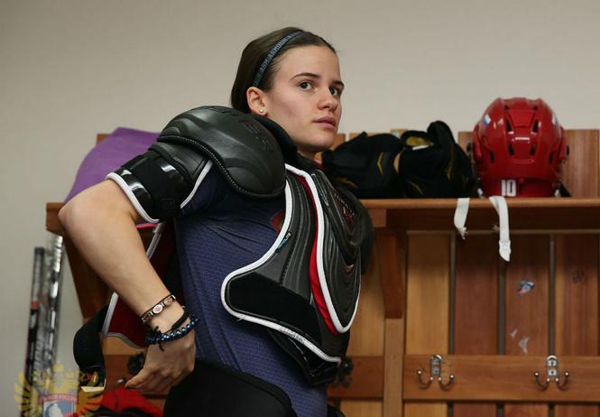 Скандал на Олимпиаде! Нам сказали, что русским девочкам запрещают идти в секцию хоккея