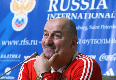 А где лютый враг Денисов? О боже, какой состав набрал Станислав Черчесов!