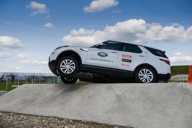 Фото №5 - Начались продажи нового Land Rover Discovery
