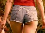 Пятничная подборка весенних девушек в мини-юбках и микрошортах!