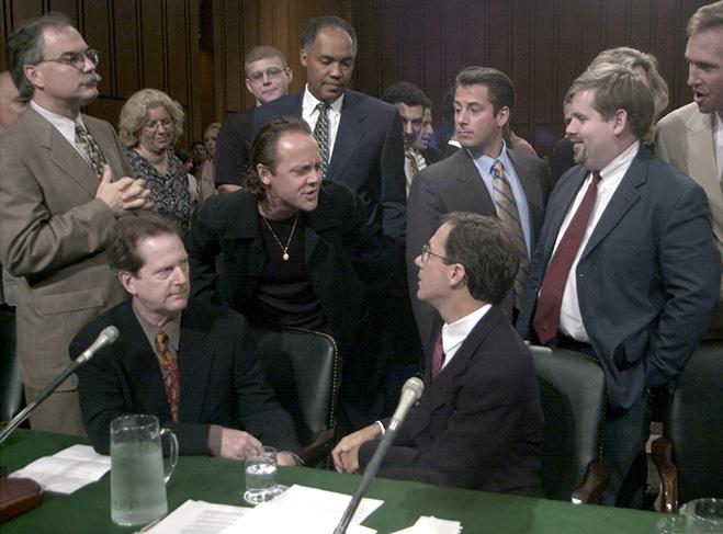 Ларс Ульрих в суде против Napster