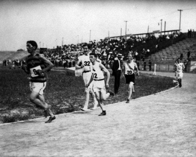 Фото №1 - 9 самых жуликоватых спортсменов в истории