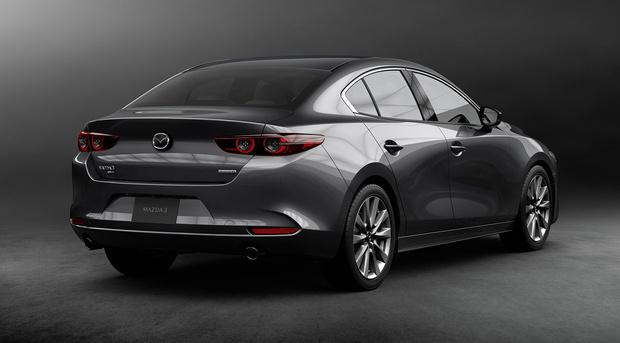 Фото №3 - Без остановки: новое поколение Mazda 3