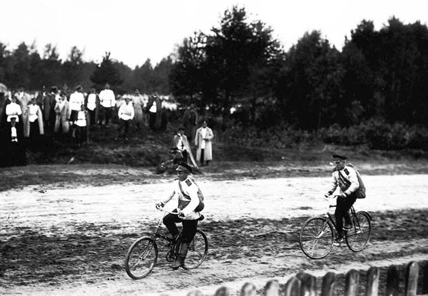 Фото №21 - Непридуманная история велосипедных войск