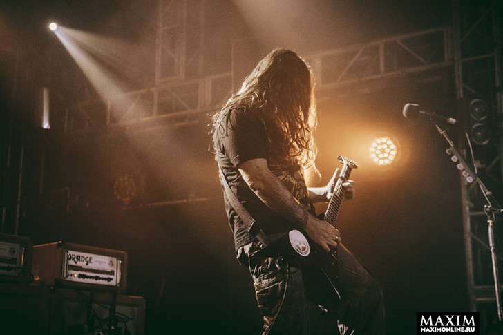 Фото №3 - Беспредел риска. Неожиданно зловещий концерт металистов всколыхнул московский клуб