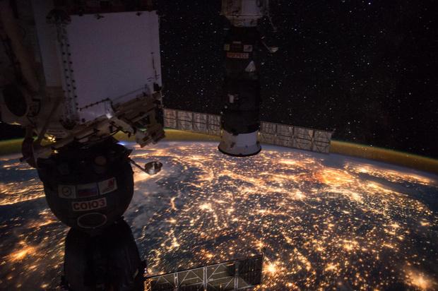 Фото №1 - 21 год МКС: самые интересные кадры с орбиты (галерея)