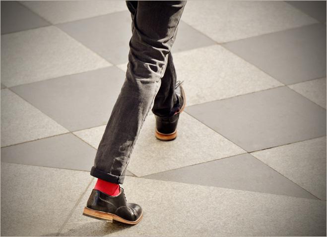 Фото №1 - Познай свою обувь. Как ботинки влияют на твое здоровье, а твой характер — на ботинки