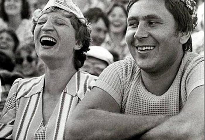 Фото №1 - Лучшие шутки дня и 30 апреля 1945 года!