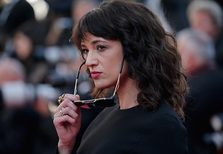 Фото №1 - Актрису, обвинявшую Вайнштейна, подозревают в приставаниях к молодому актеру