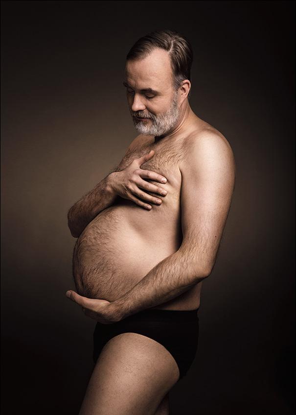 Фото №5 - Мужчины, пародирующие типично женские фото в Инстаграме, выглядят круче, чем женщины!