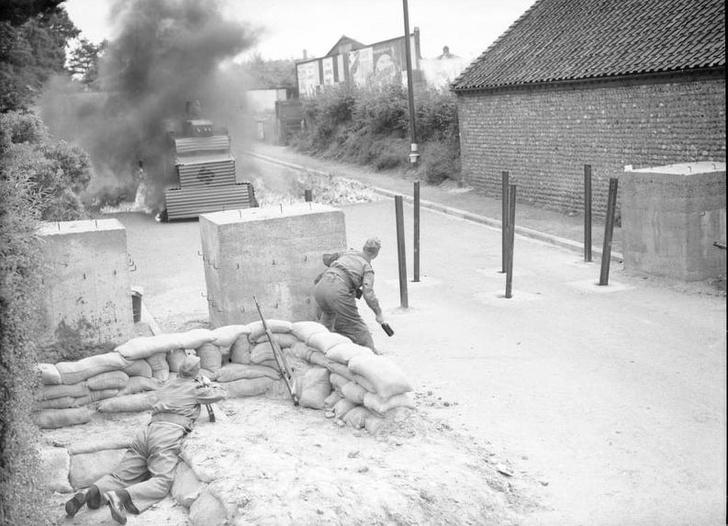 Фото №2 - Самые странные способы обезвредить танк— танк!— в истории войн