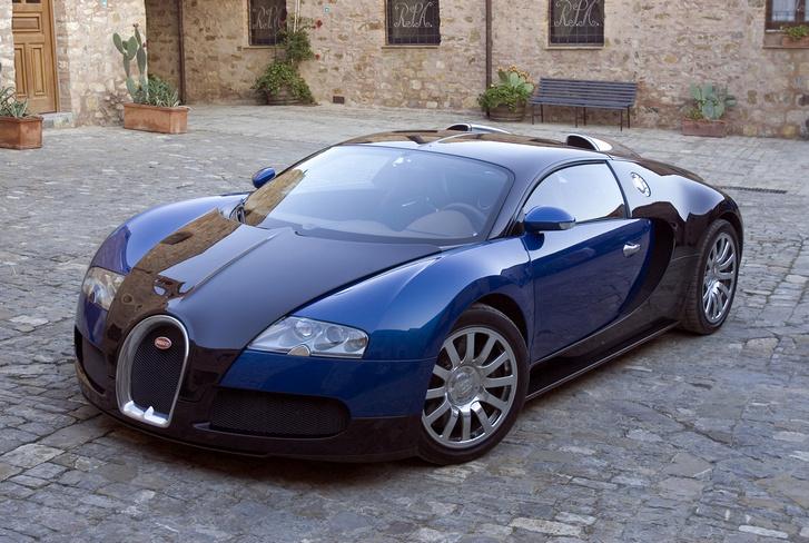 Bugatti 16.4 Veyron, 2005 год