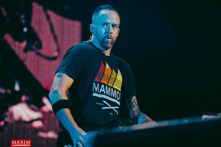 Фото №22 - Вопли рока. Что творилось на концерте Linkin Park