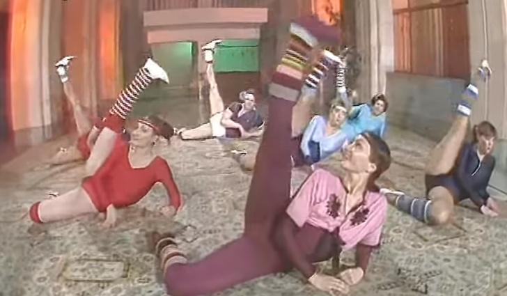 Фото №1 - Волнующие видео советской аэробики, на которые можно смотреть вечно!