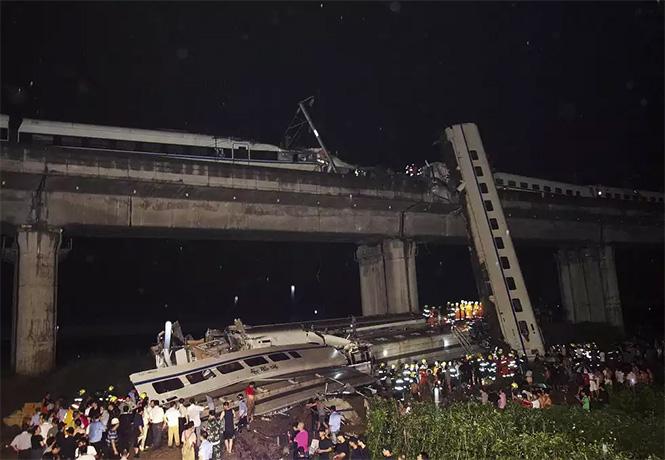 Фото №20 - Самые впечатляющие фото железнодорожных катастроф