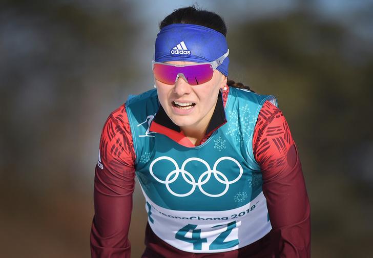 Фото №1 - «Пишут, что нам незачем сюда было ехать»: российская лыжница Анастасия Седова пожаловалась на нападки в соцсетях