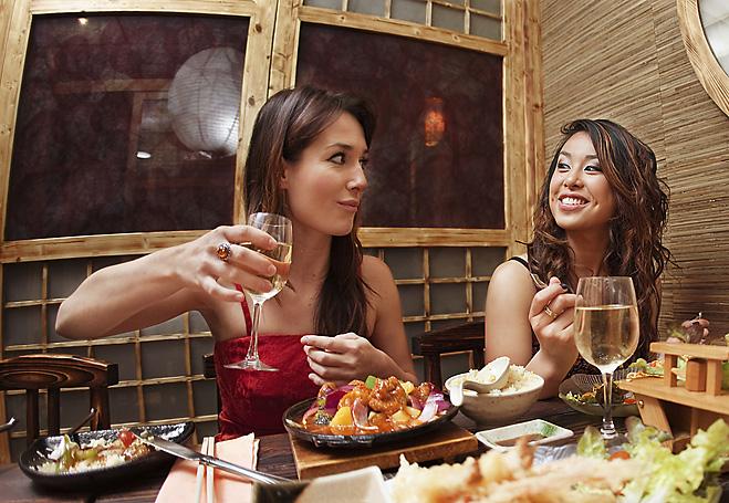 Фото №2 - Пикап по-самурайски. Как знакомиться с девушками в японских ресторанах