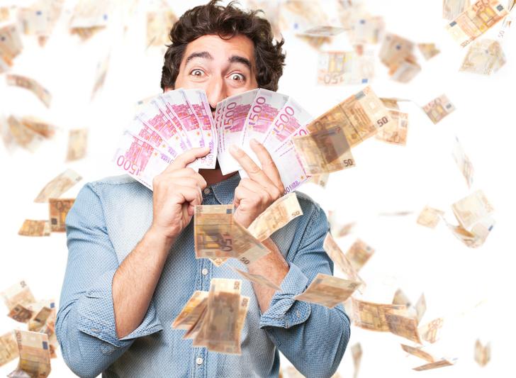 Фото №1 - Фарт сезона: футбольный фанат выиграл 52 тысячи долларов с гаком из-за дурацкой ошибки!