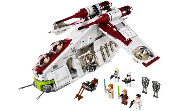 Фото №1 - Набор LEGO Star Wars выиграть должен ты