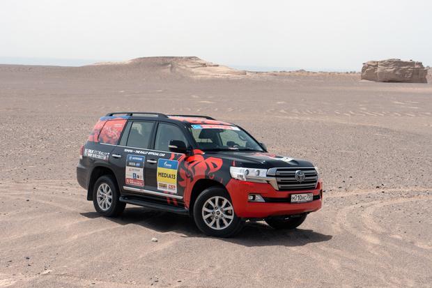 Фото №96 - В пекло и обратно: пытаемся проверить, что умеет Toyota Land Cruiser