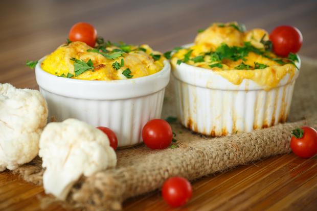 Фото №3 - Омлет в духовке, и еще 3 незамысловатых, но нестандартных рецепта для завтрака