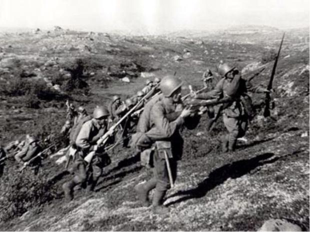 Фото №2 - Синявинские высоты: как саперная лопатка стала любимым оружием советской пехоты