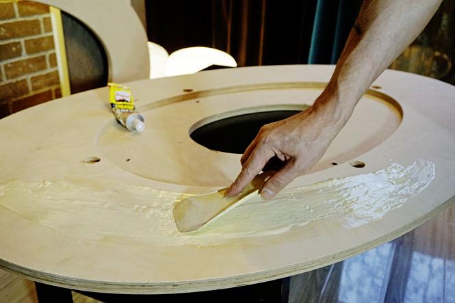 Склеить листы фанеры