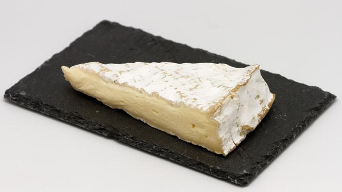 Можно ли есть корочку сыра бри?