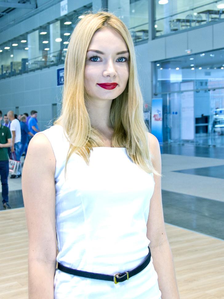 Фото №8 - Лучшие девушки Московского международного автосалона — 2016! Часть 2!