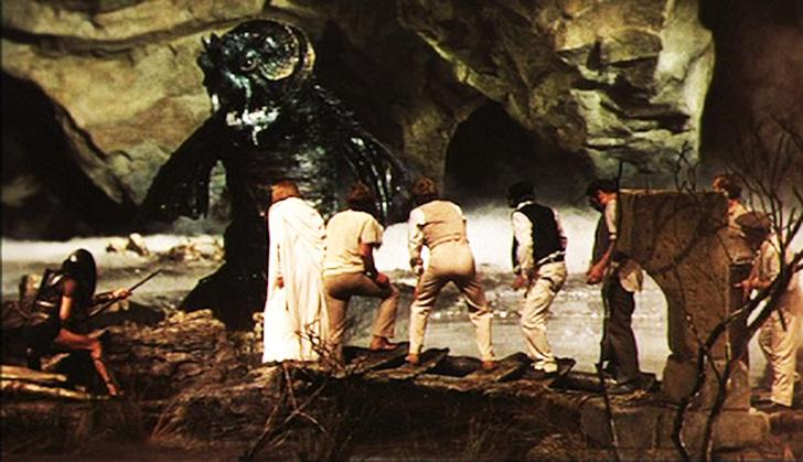 Фото №5 - 10 фильмов о гигантских монстрах, которые ты мог случайно пропустить