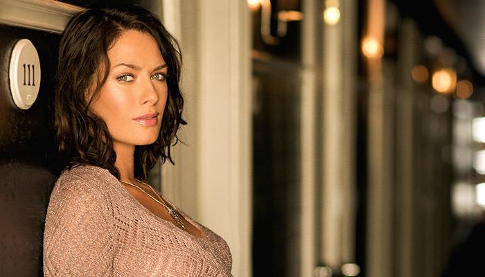 Фото №6 - 25 самых сексуальных актрис сериалов. Часть первая